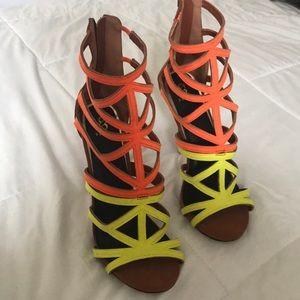 Shoedazzle colorblock Heels